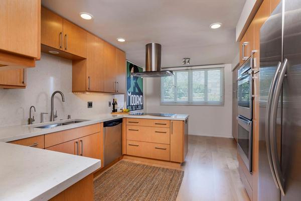 1388 Plaza Pacifica kitchen 2