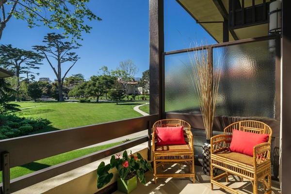 1388 Plaza Pacifica terrace