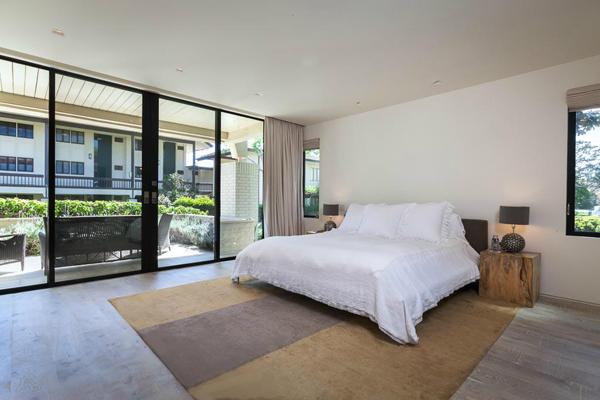 1350 Plaza Pacifica, a Bonnymede condo, master bedroom