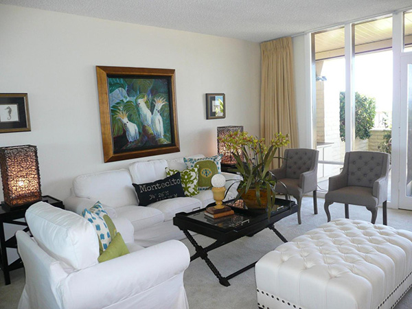 1359 Plaza Pacifica living room 2