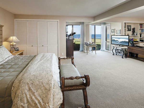1 Seaview Drive master bedroom