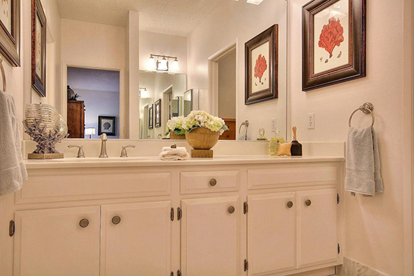 5 Seaview Drive master bath
