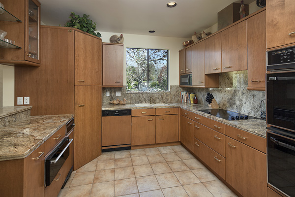 53 Seaview Drive Kitchen