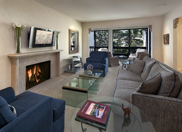 53 Seaview Drive Living Room