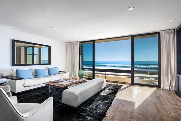 1385 Plaza Pacifica, a beachfront condo in Montecito Bonnymede